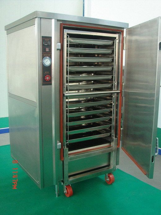 steam cooker with moveable rack trolly